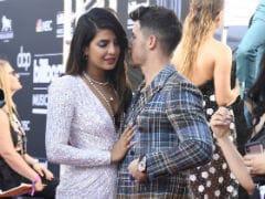 Billboard Music Awards 2019: Priyanka Chopra, Nick Jonas Stole A Kiss And Twitter Can't Even