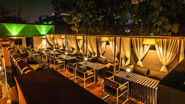 Review: Unplugged Courtyard Is Gurugram's Latest Favourite Spot To Unwind And Indulge
