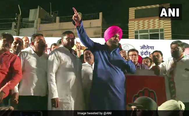 'Kale Angrez': Navjot Singh Sidhu's Latest Attack At BJP
