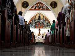 Sri Lanka Catholics Hold First Sunday Mass After Easter Attacks