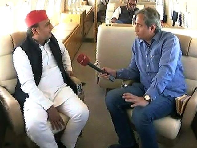 Video : '<i>Ravish Ka Roadshow</i>' with Akhilesh Yadav