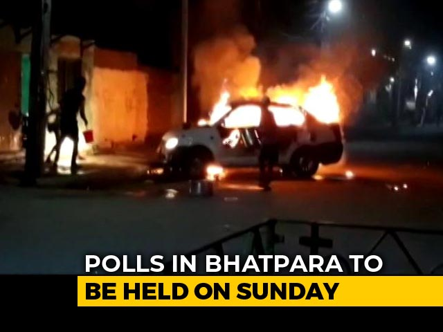 Video : Cars Set Ablaze, Bombs Hurled In Bengal's Bhatpara Day Before Polls