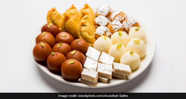 Raksha Bandhan 2019: Try These Low-Calorie Sweets This Rakhi; Know Other Diet Tips For This Festival