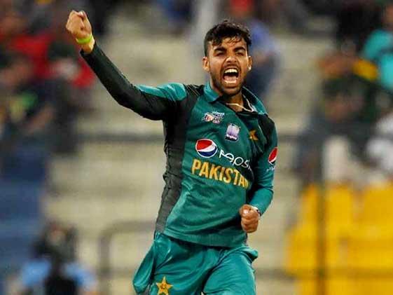 श्रीलंका के खिलाफ सीरीज की मैच फीस भूकंप प्रभावितों को दान देंगे पाकिस्तानी स्पिनर Shadab Khan