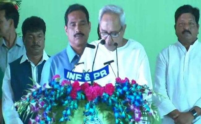 पांचवी बार ओडिशा के मुख्यमंत्री बने नवीन पटनायक, 10 नए चेहरों सहित 20 मंत्रियों ने भी ली शपथ