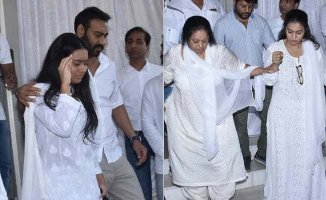 The Bachchans, Salman Khan, Kareena Kapoor And Others Attend Veeru Devgan's Prayer Meet