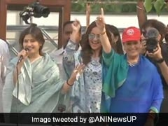 Sonakshi Sinha On Daughter Duty, Campaigns In Lucknow For Mother Poonam
