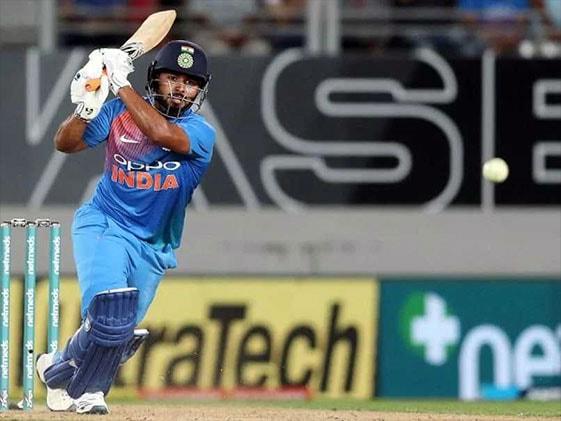 World Cup 2019:  वेस्टइंडीज के दिग्गज क्रिकेटर ने कहा, ऋषभ पंत को मिले टीम इंडिया में जगह