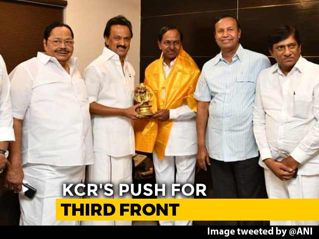 Video : KCR's Federal Front Pitch Gets Cold Shoulder From MK Stalin: Sources