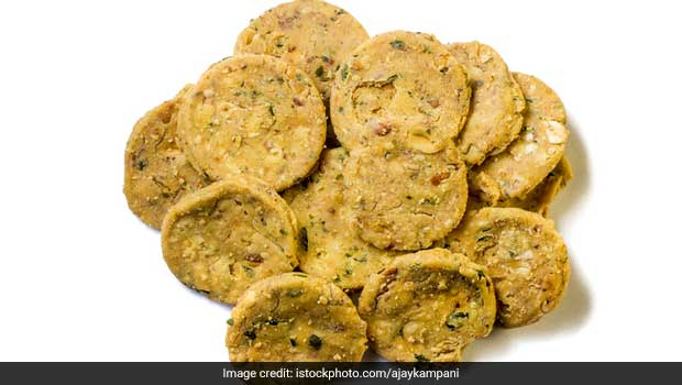 Watch: Recipe Of Masala (Achari) Mathri That Will Replace All Other Snacks At Home