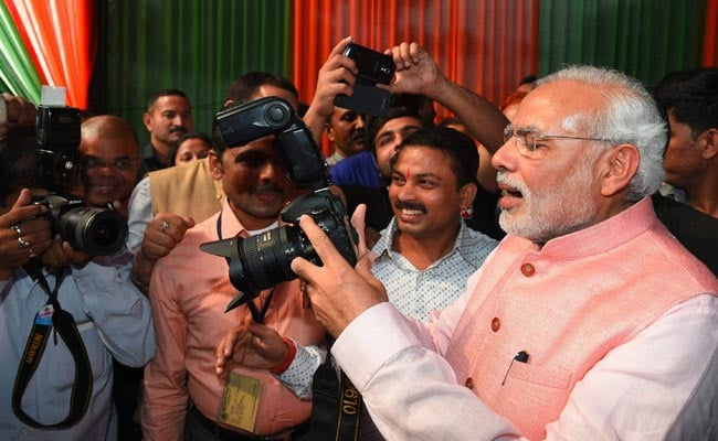"After ""Cloud Cover"", PM Modi Fact-Checked On ""1987 Digital Camera"" Claim"