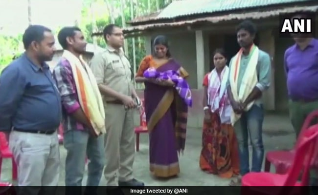 Defying Curfew In Assam, Auto Driver Takes Pregnant Woman To Hospital