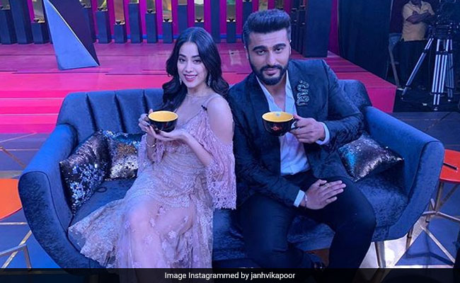Arjun Kapoor Won't Discuss His Relationship With Janhvi And Khushi So That 'Nazar Na Lage'