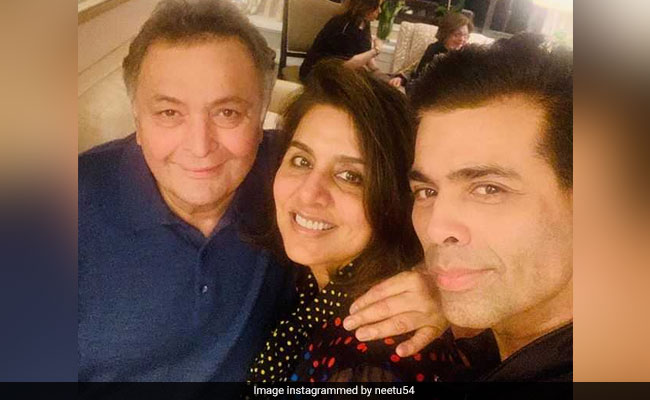 Rishi Kapoor And Neetu Kapoor Got The 'Tightest Hug' From Karan Johar In New York