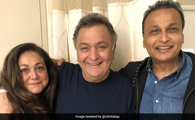 Rishi Kapoor's Rendezvous With His Karz Co-Star Tina Munim In New York