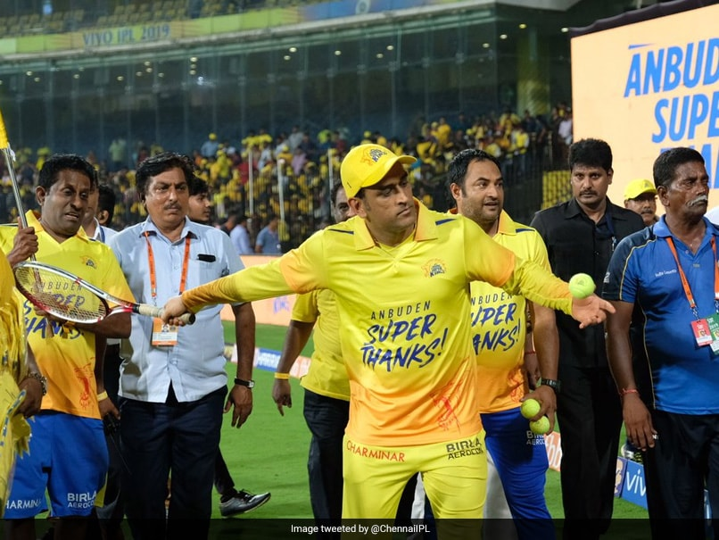MS Dhoni Enthralls Chepauk Crowd With 'A Totally Different Ball Game' - Watch
