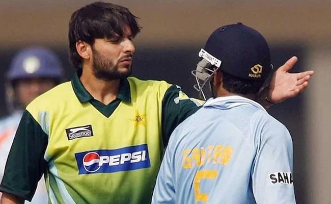 गौतम गंभीर जीते तो भड़क गए पूर्व पाक खिलाड़ी शाहिद अफरीदी, बोले- 'अक्ल नहीं फिर भी जीत गया...' देखें VIDEO