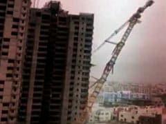Cyclone Fani: जब भयंकर तूफान के आगे 250 फीट की भारी-भरकम क्रेन भी ढह गई, देखें- VIDEO