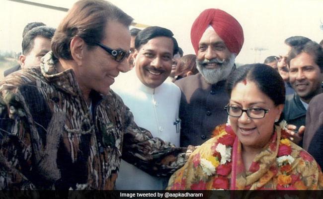 धर्मेंद्र ने राजस्थान की पूर्व मुख्यमंत्री वसुंधरा राजे को लेकर किया ट्वीट, यूं छलका बॉलीवुड स्टार का दर्द