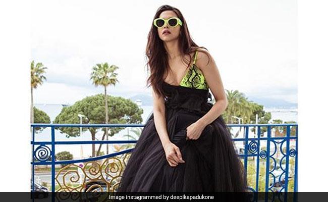 कान फिल्म फेस्टिवल के दूसरे दिन Deepika Padukone ने बिखेरा जलवा, इंटरनेट पर Photos वायरल