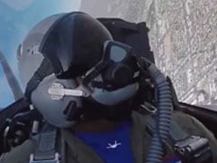 "F-22 Raptor: Inside the Cockpit Of The ""Ultimate Killing Machine"""