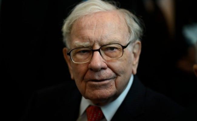Billionaire Warren Buffett's Clue Hints At New Successor