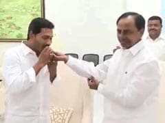 After Win, Jagan Reddy Meets KCR To Discuss Andhra-Telangana Disputes