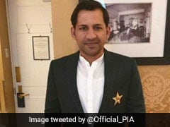 Indian Fans Defend Pakistan's Sarfaraz Ahmed For Wearing Traditional Outfit To Meet Queen Elizabeth