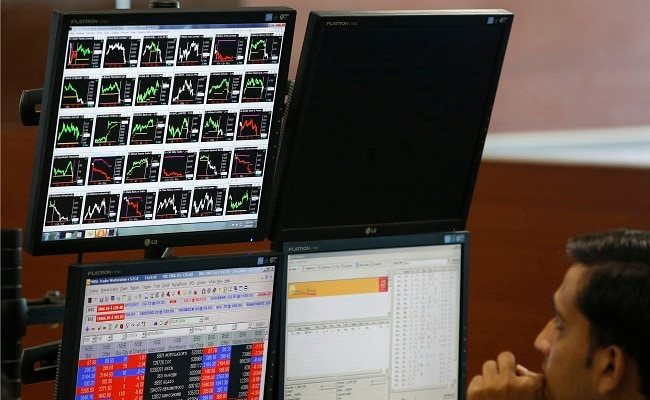 Sensex, Nifty Extend Decline To Seventh Day; RIL Top Loser