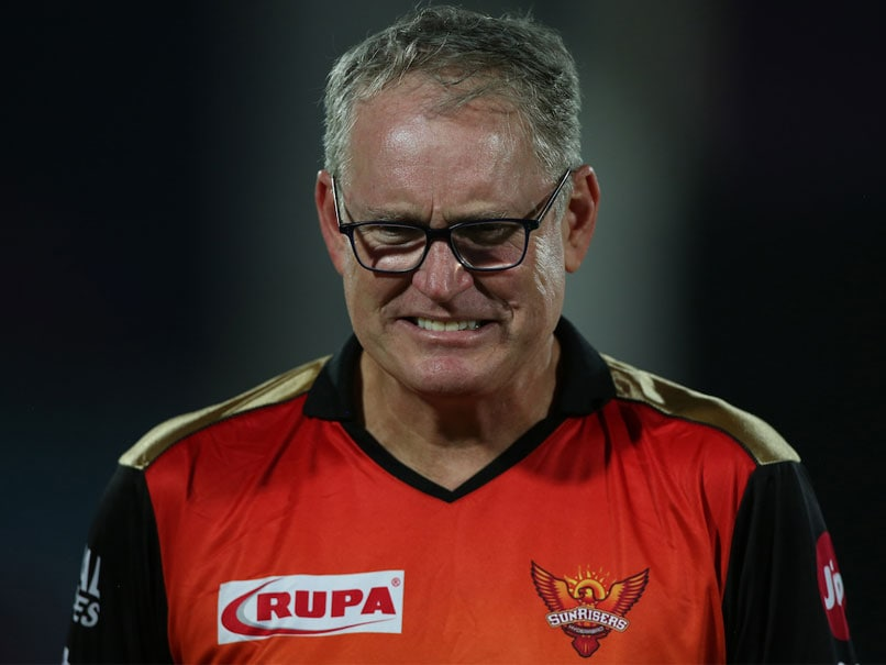 SunRisers Hyderabad Coach Tom Moody Breaks Down In Tears After Loss Against Delhi Capitals