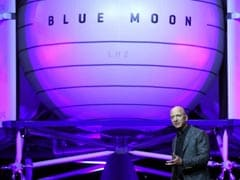 "Amazon's Jeff Bezos Unveils Lunar Lander Project ""Blue Moon"""