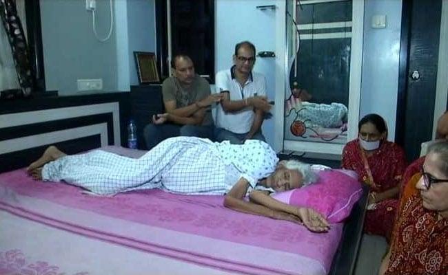 Gujarat Woman, 82, Begins Santhara, A Voluntary Fast Until Death