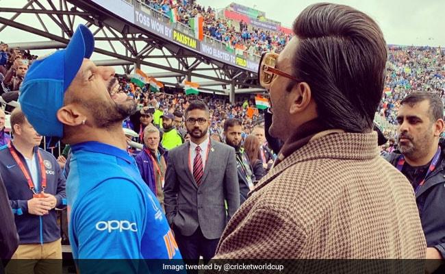 India vs Pakistan: भारत बनाम पाकिस्तान मैच के दौरान शिखर धवन और रणवीर सिंह का दिखा याराना, Photos वायरल