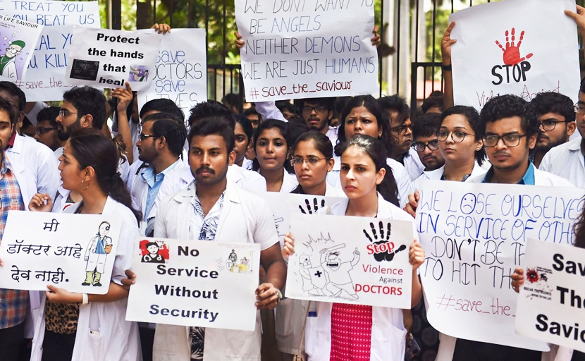 Highlights: Bengal Doctors Call Off Strike After Meeting With Mamata Banerjee
