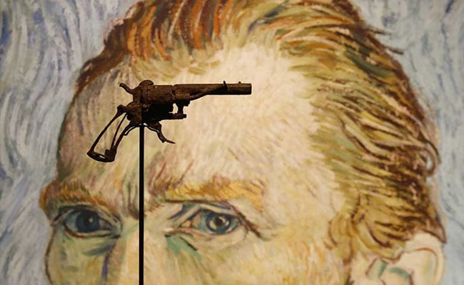 Revolver likely used by Van Gogh sold at Paris auction