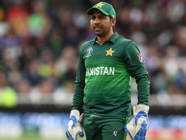 """Fat And Unfit"": Shoaib Akhtar Slams Sarfaraz Ahmed After Pakistans Loss Against West Indies"