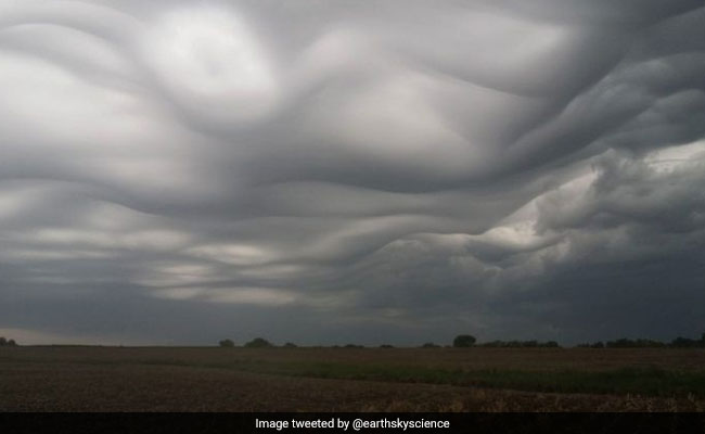 'A Stunning Sight': Wave-Like Cloud Formation Wasn't Classified Until 2017