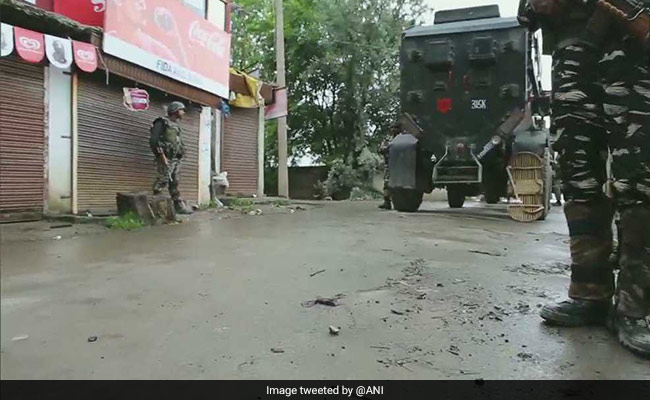 Encounter Breaks Out Between Security Forces, Terrorists In J&K's Sopore