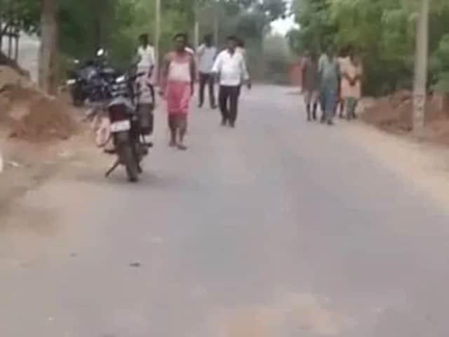 Video : ஜார்கண்டில் மாவோயிஸ்ட்கள் தாக்குதல், 5 காவல்துறையினர் கொல்லப்பட்டனர்