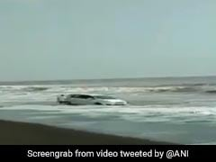 Video: Car Gets Stuck In Sand, Nearly Gets Swept By Sea In Maharashtra