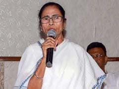 Mamata Banerjee Runs Into PM's Wife Before Boarding Flight To Meet Him