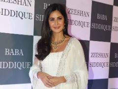 Deja Vu With <I>Bharat</i> Stars Salman Khan, Katrina Kaif At Baba Siddique's <I>Iftaar</i> Party