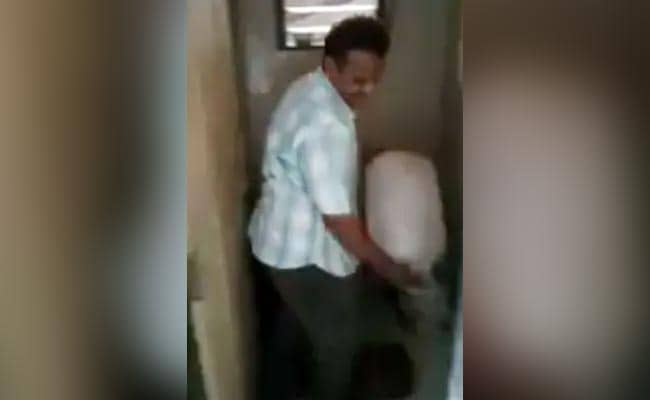 In Video, Mumbai Idli Vendor Seen Using Toilet Water; Probe Ordered