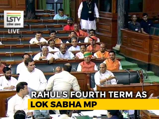 Video : Rahul Gandhi Forgets To Sign After Parliament Oath, Rajnath Singh Prompts