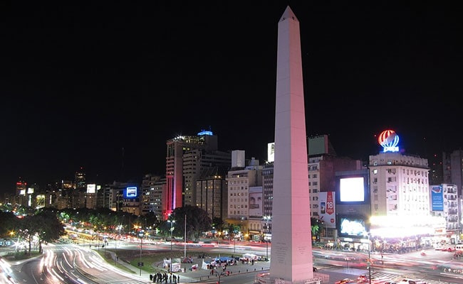 Blackout across Argentina and Uruguay leaves tens of millions in the dark