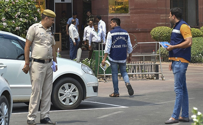 On-Duty Cop Shoots Himself Dead Outside Finance Ministry Office In Delhi