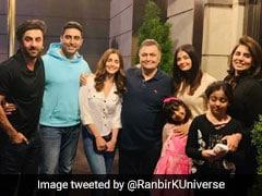 Bachchan Kapoor Family Photo: ऋषि कपूर से मिलने पहुंचे ऐश्वर्या-अभिषेक, आलिया-रणबीर भी थे मौजूद