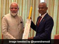 Focus On Cricket Diplomacy As PM Narendra Modi Gifts Bat To Maldives President