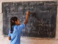 Hindi Diwas: हिंदी दिवस पर अपने WhatsApp और Facebook पर लगाइए ये Status