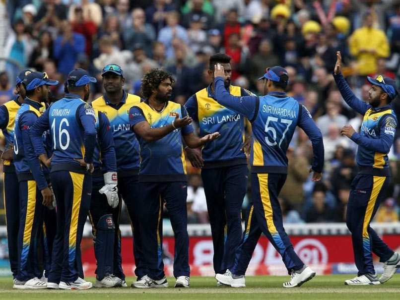 England restrict Sri Lanka to 232/9